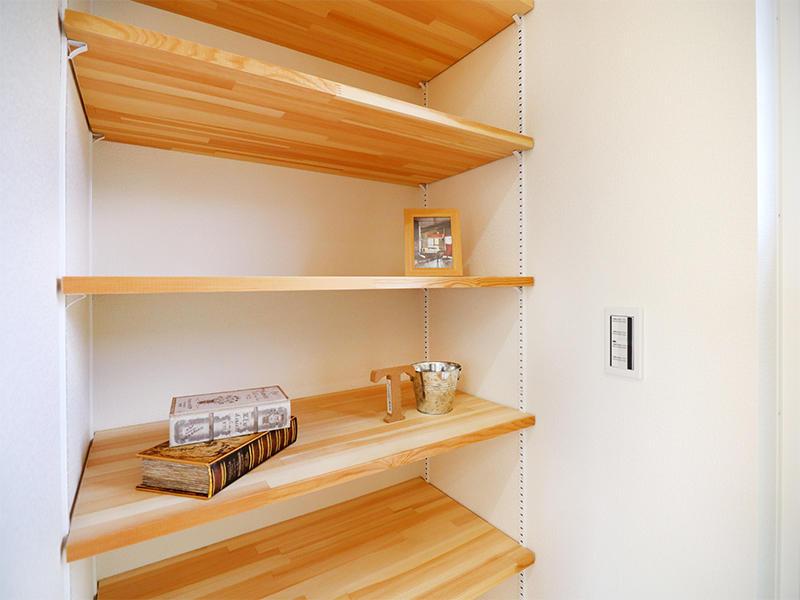 フォーセンス新築完成 リビング収納|滋賀で家を建てるなら匠工房