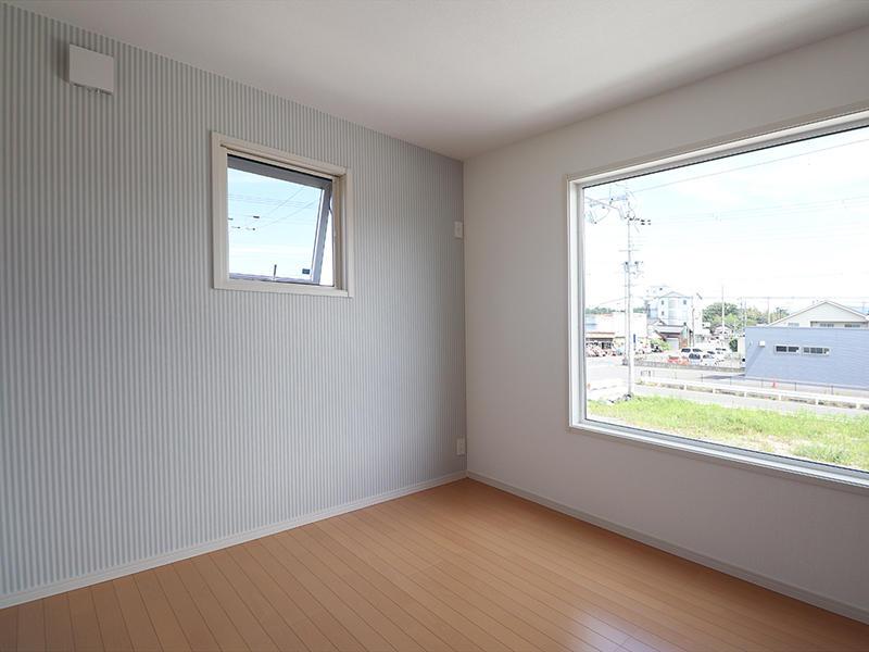 ゼロキューブ新築完成 アクセントクロス リリカラ LV1089|滋賀で家を建てるなら匠工房