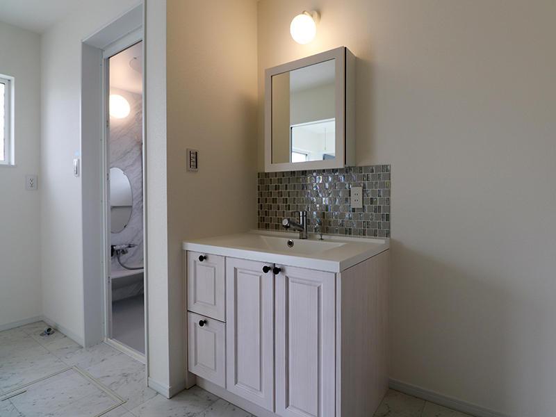 新築フォーセンス完成 洗面台|滋賀でリフォームするなら匠工房