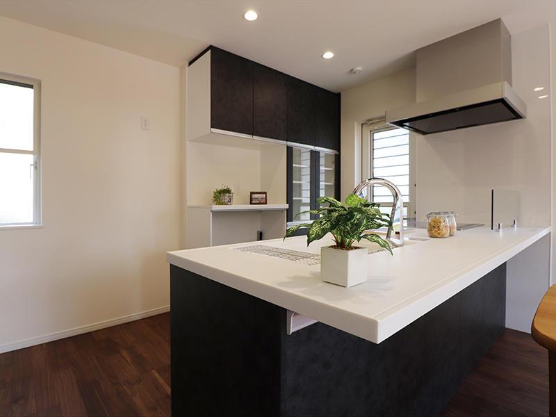 フォーセンス完成 対面キッチン|滋賀で家を建てるなら匠工房