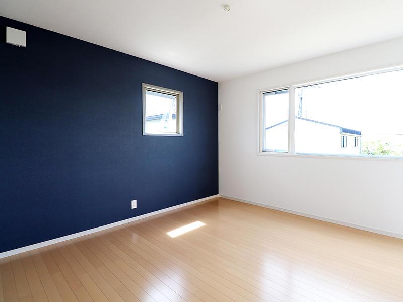ゼロキューブ新築完成 アクセントクロス リリカラ LV1459|滋賀で家を建てるなら匠工房