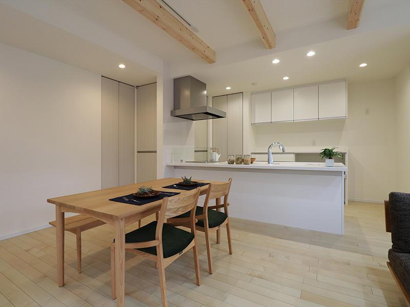 新築フォーセンス完成 ダイニング・キッチン|滋賀で家を建てるなら