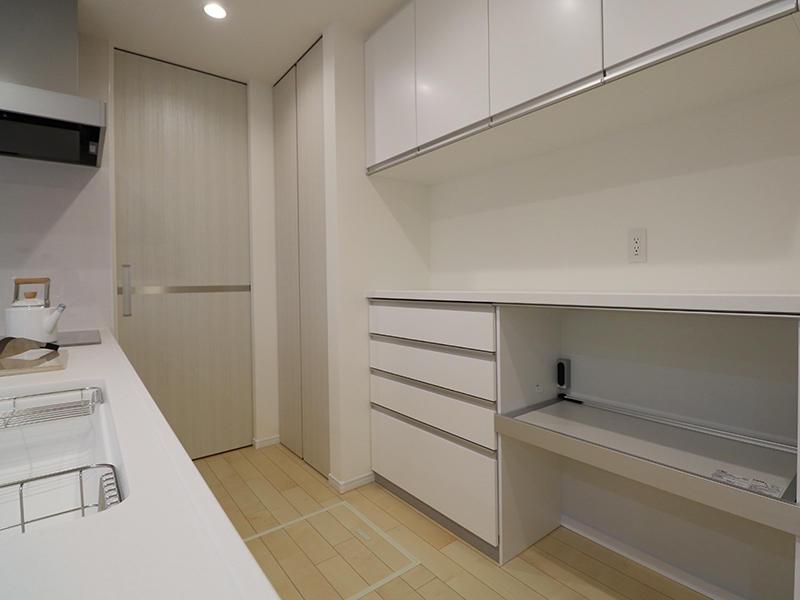 新築フォーセンス完成 キッチン収納|滋賀で家を建てるなら