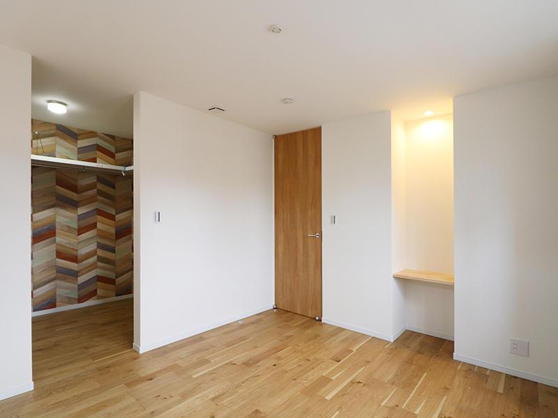 二世帯住宅フォーセンス新築完成|寝室