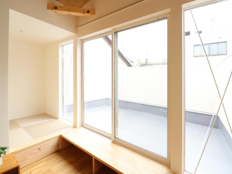 二世帯住宅フォーセンス新築完成|広々バルコニー