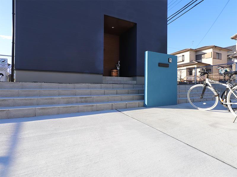 フォーセンス新築完成 アクセントの門壁|滋賀で家を建てるなら匠工房