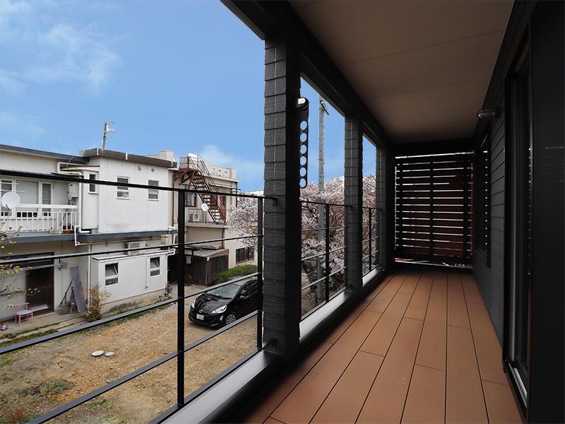 新築ゼロキューブマリブ完成 バルコニー|滋賀で建てるなら匠工房