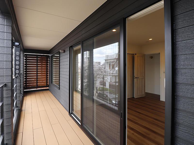 新築ゼロキューブマリブ完成 リウッドデッキ|滋賀で建てるなら匠工房