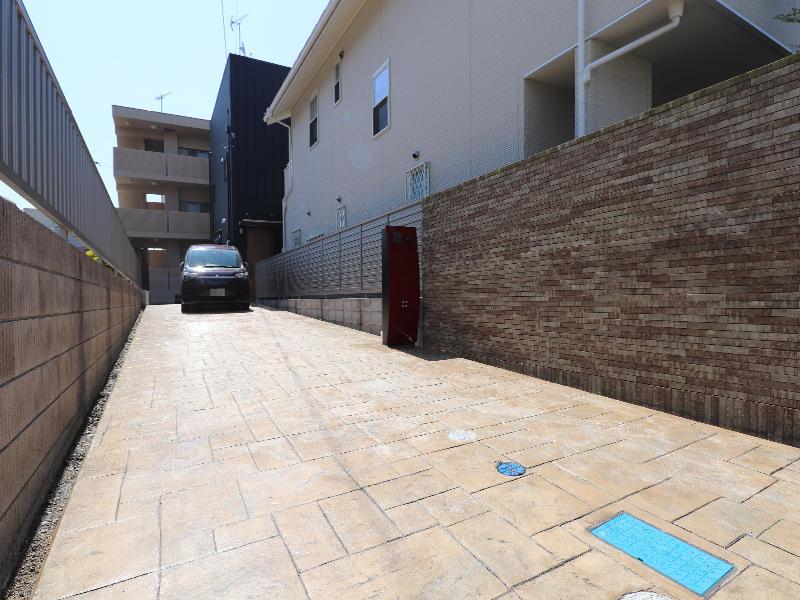 ゼロキューブ完成 駐車スペース|滋賀で家を建てるなら匠工房