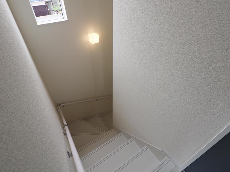 新築フォーセンス完成 階段|滋賀でリフォームするなら匠工房