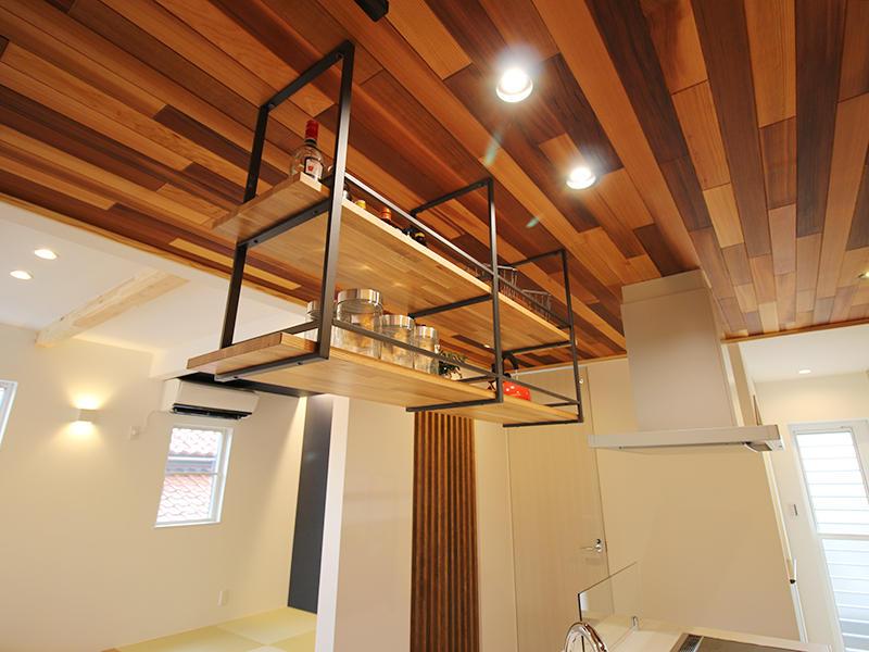 キッチン収納 飾り棚