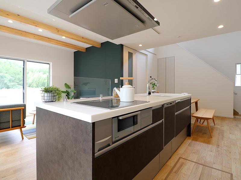新築フォーセンス完成 アイランドキッチン|滋賀で家を建てるなら匠工房G