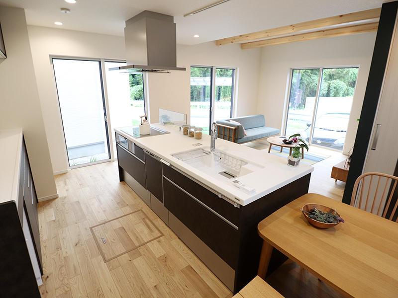 新築フォーセンス完成 ダイニング・キッチン|滋賀で家を建てるなら匠工房