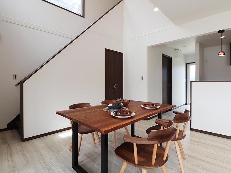 新築ゼロキューブ完成 ダイニング|滋賀で家を建てるなら匠工房