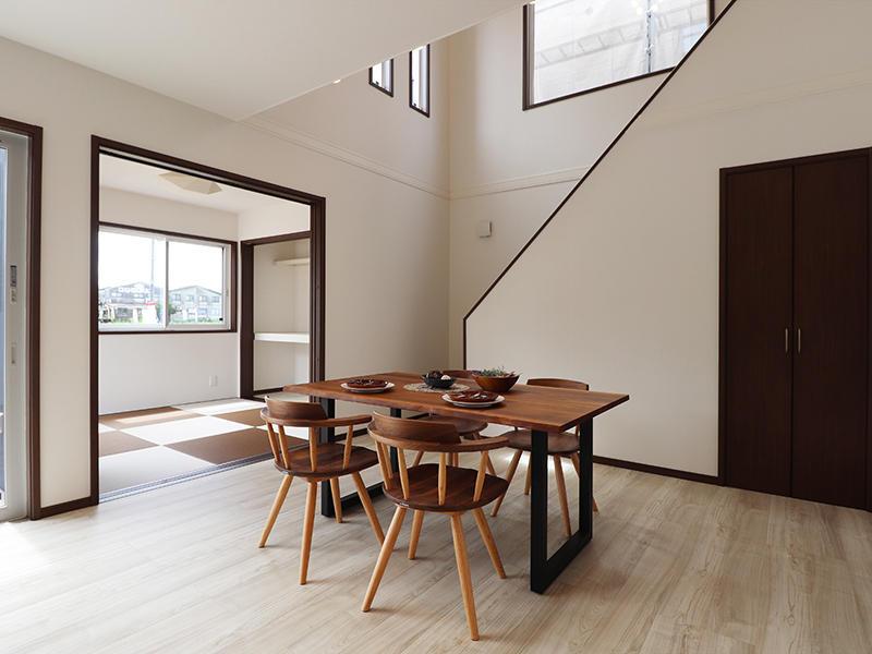 新築ゼロキューブ完成 ダイニングスペース|滋賀で家を建てるなら匠工房
