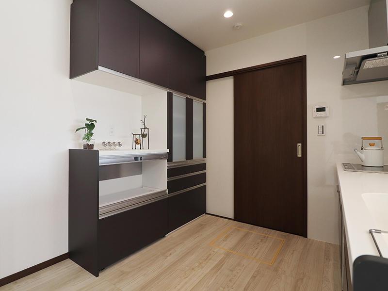 新築ゼロキューブ完成 カップボード|滋賀で家を建てるなら匠工房