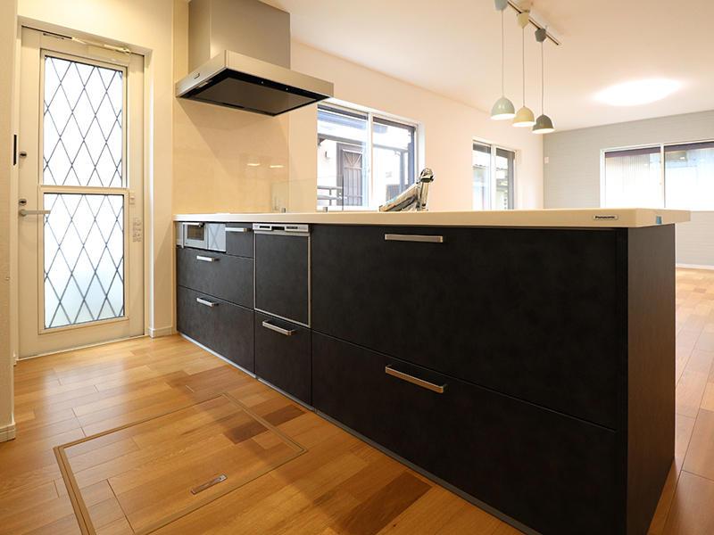 フォーセンス新築完成 システムキッチン|滋賀で家をたてるなら匠工房