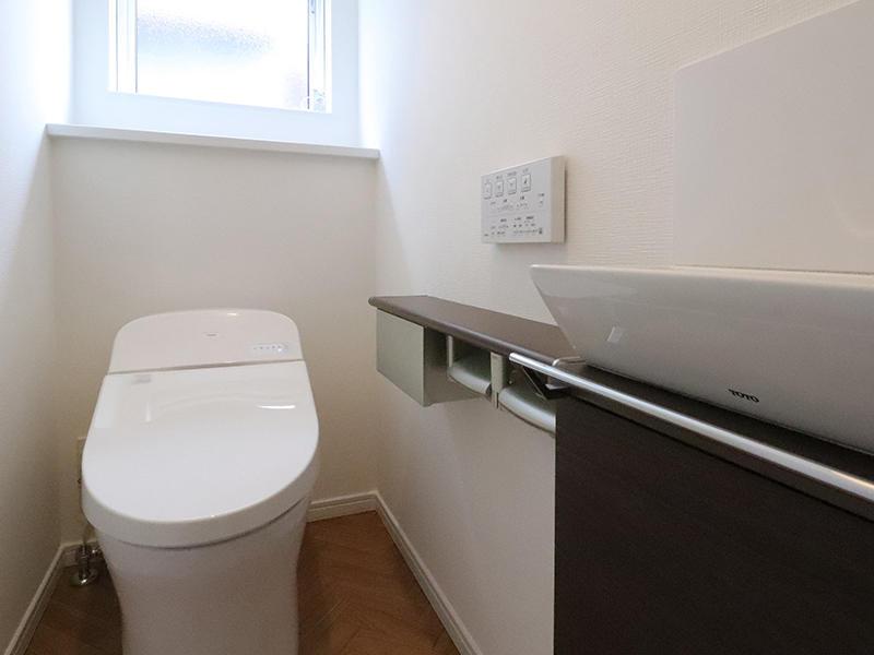 フォーセンス新築完成 トイレ 1階|滋賀で家を建てるなら匠工房