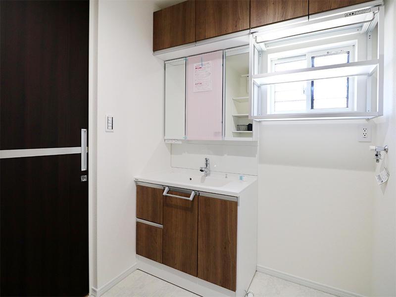 フォーセンス新築完成 洗面収納台|滋賀で家を建てるなら匠工房