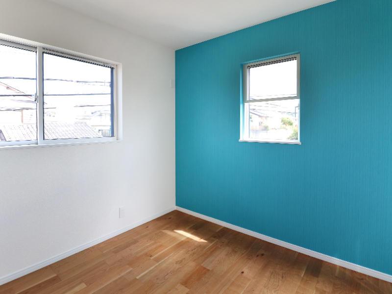 フォーセンス新築完成 アクセントクロス シンコール BB1671|滋賀で家を建てるなら匠工房