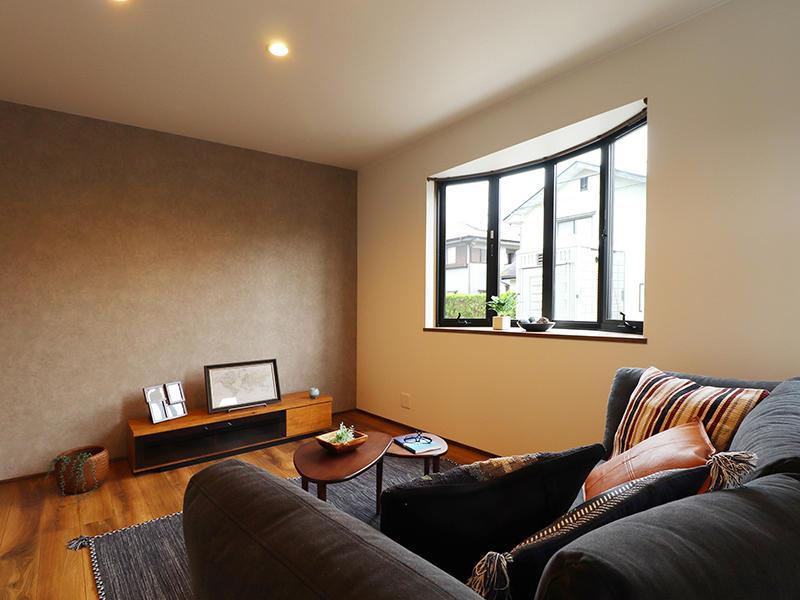 フォーセンス新築完成 アクセントクロス サンゲツ RE7507|滋賀で家を建てるなら匠工房