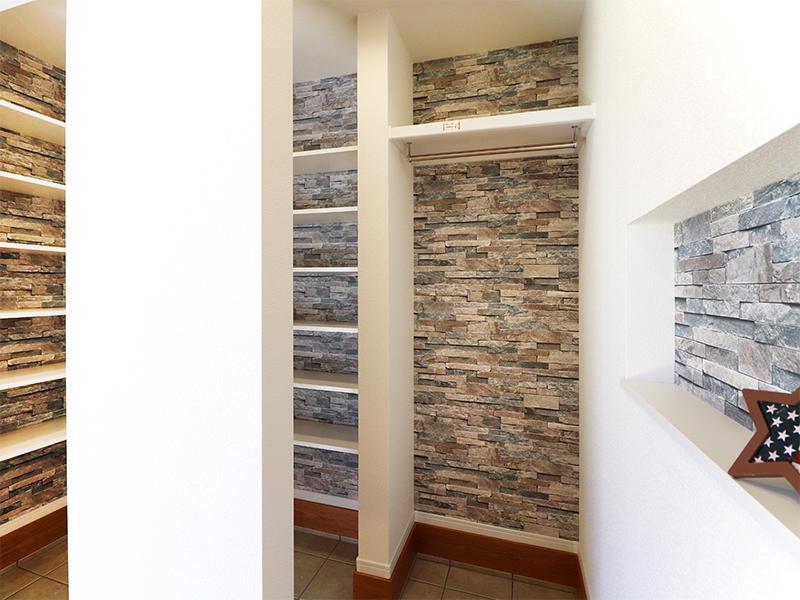 フォーセンス新築完成 パイプハンガーも設置|滋賀で家を建てるなら匠工房