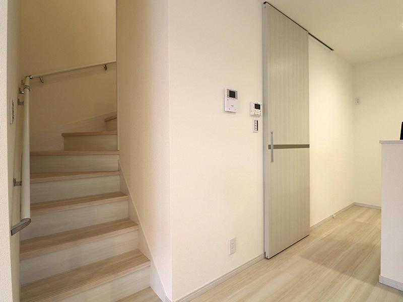 フォーセンス完成 リビング階段|滋賀で新築建てるなら匠工房