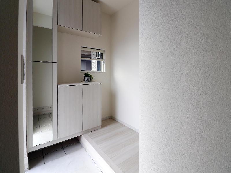 フォーセンス完成 玄関収納|滋賀で新築建てるなら匠工房