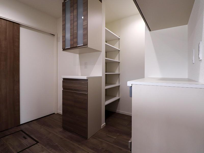 新築ゼロキューブ キッチン収納|滋賀で新築建てるなら匠工房