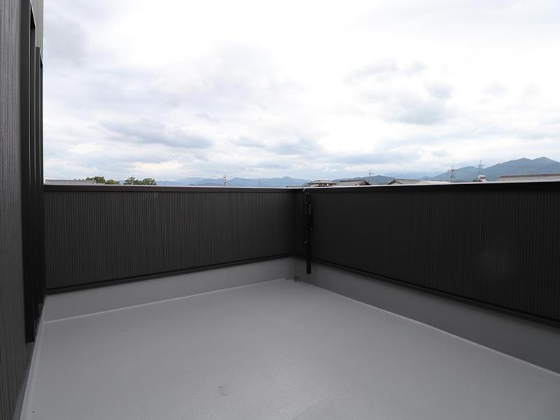 新築ゼロキューブ バルコニー|滋賀で新築建てるなら匠工房