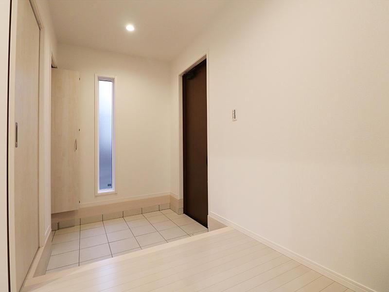 ゼロキューブ 玄関|滋賀で新築建てるなら匠工房