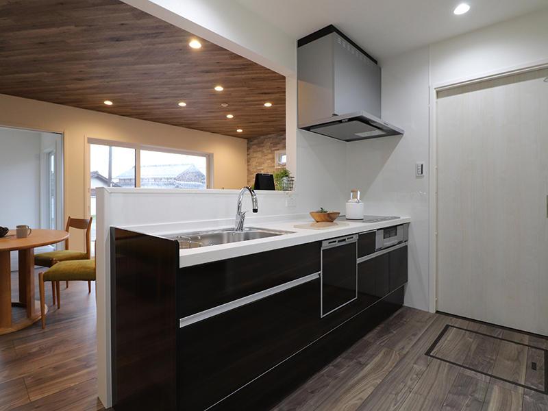 ゼロキューブ新築完成 キッチン|滋賀で家を建てるなら匠工房