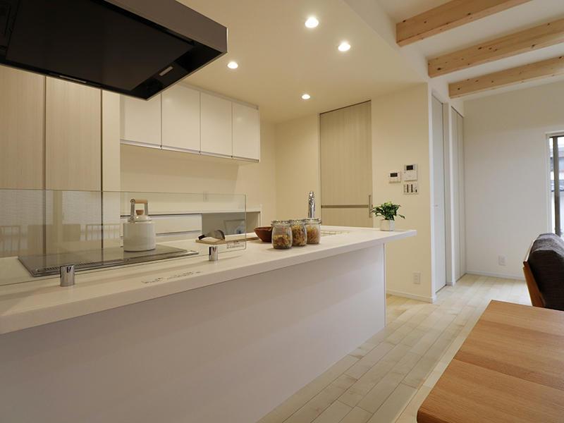新築フォーセンス完成 対面キッチン|滋賀で家を建てるなら