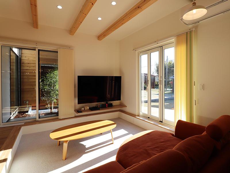 新築完成 明るいリビング|滋賀で家を建てるなら匠工房