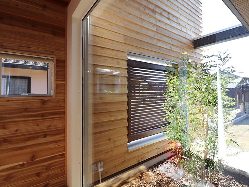 新築完成 光の差し込む中庭|滋賀で家を建てるなら匠工房