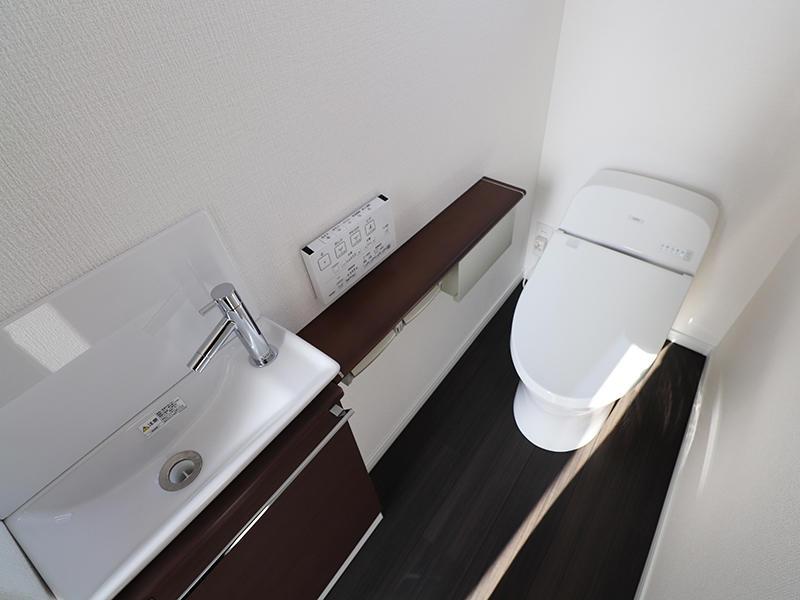 新築フォーセンス完成 1階トイレ|滋賀で家を建てるなら匠工房