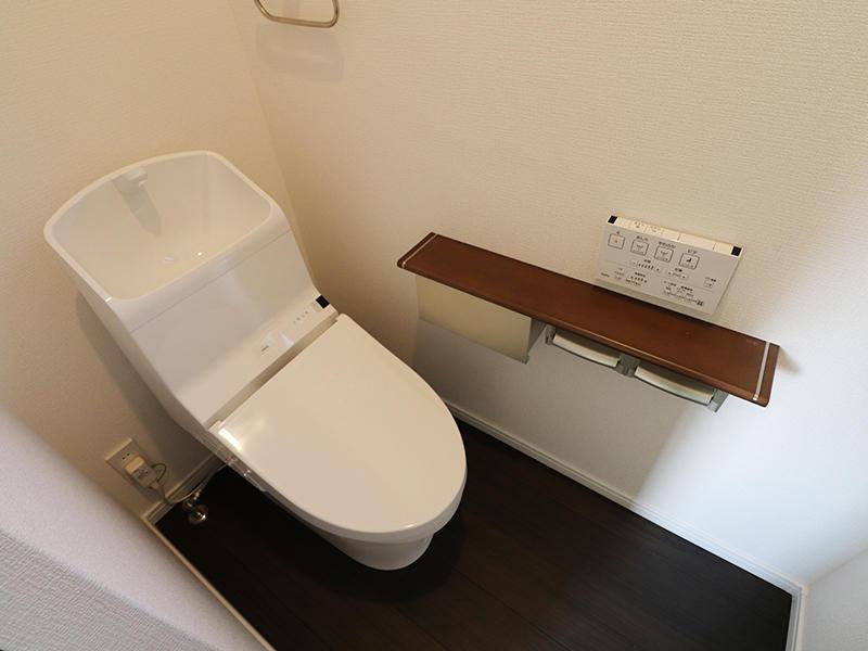 新築フォーセンス完成 2階トイレ|滋賀で家を建てるなら匠工房