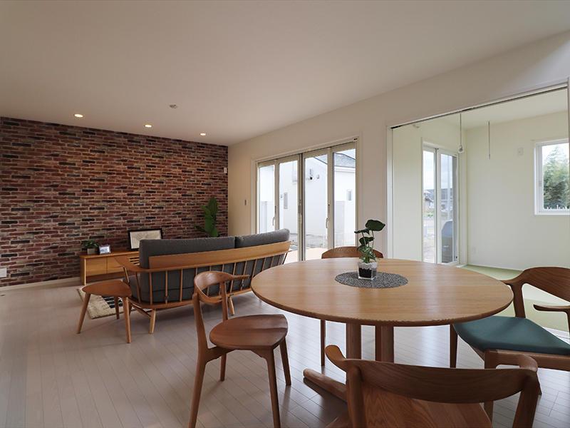 ゼロキューブ新築 開放的な大きな窓|滋賀で家を建てるなら匠工房
