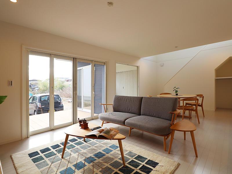ゼロキューブ新築 リビング・ダイニング|滋賀で家を建てるなら匠工房