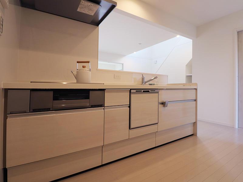 ゼロキューブ新築 対面キッチン|滋賀で家を建てるなら匠工房