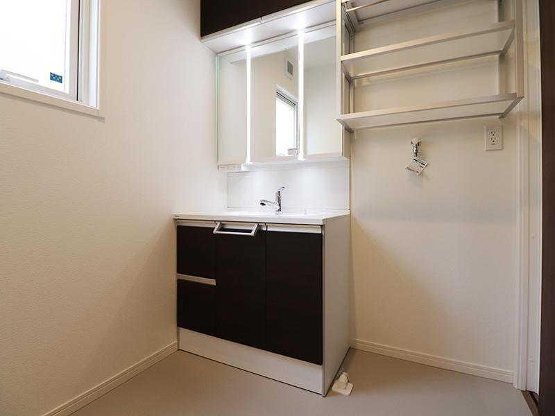 ゼロキューブ新築 洗面台|滋賀で家を建てるなら匠工房
