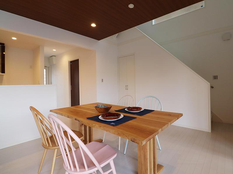 ゼロキューブ完成 ダイニング|滋賀で家を建てるなら匠工房