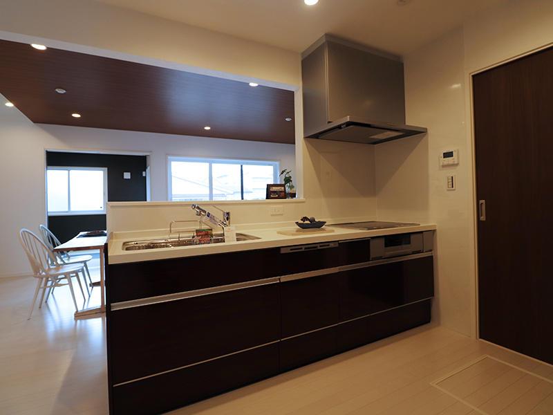 ゼロキューブ完成 キッチン|滋賀で家を建てるなら匠工房