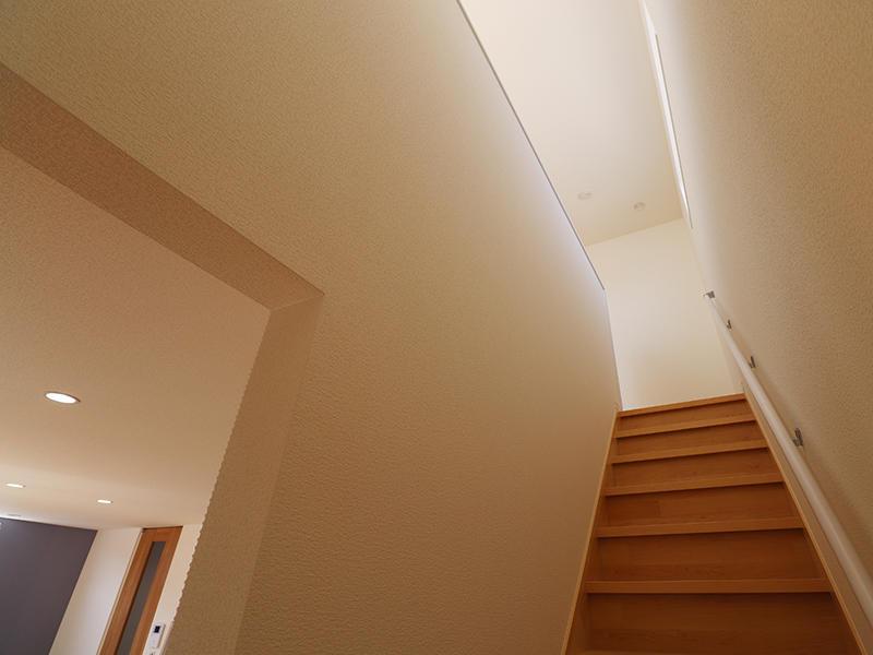 新築ゼロキューブ完成 階段|滋賀で家を建てるなら匠工房