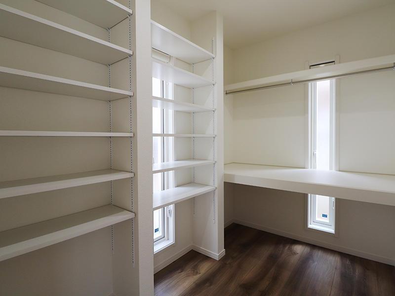 ゼロキューブ完成 ウォークインクローゼット|滋賀で家を建てるなら匠工房