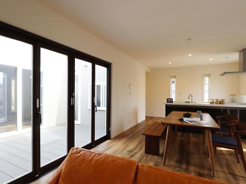 ゼロキューブ完成 大開口テラス窓|滋賀で家を建てるなら匠工房