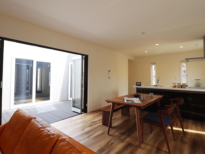 ゼロキューブ完成 ワイドオープン折りたたみ窓|滋賀で家を建てるなら匠工房