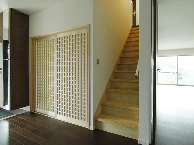 引き戸 和室 階段 玄関