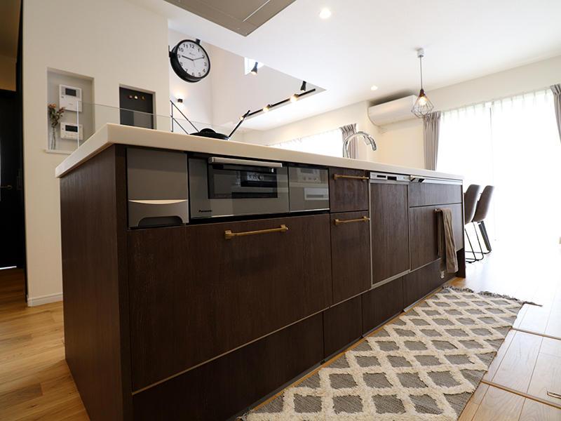 フォーセンス完成 システムキッチン|滋賀で家を建てるなら匠工房