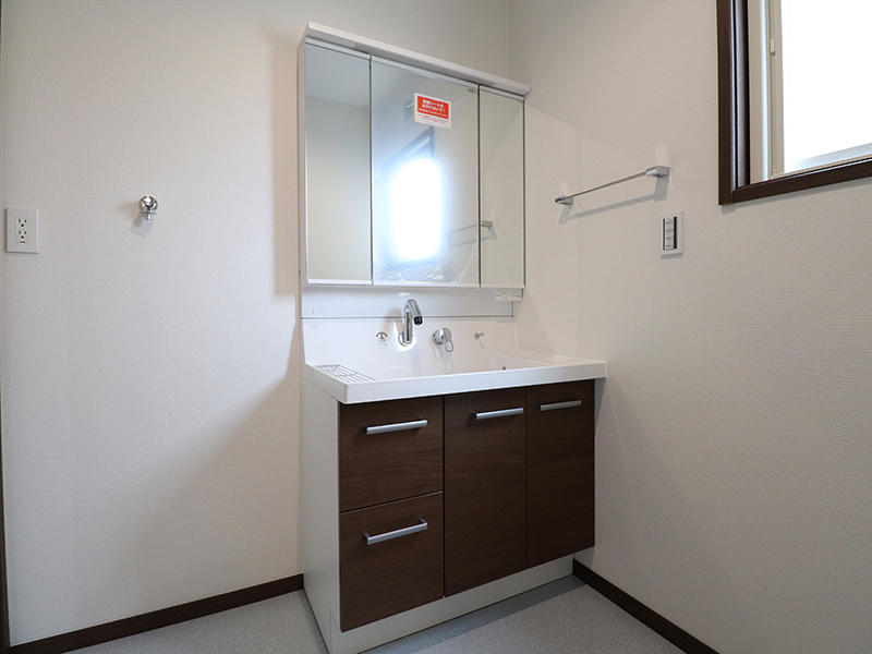 新築ゼロキューブ完成 洗面台|滋賀で家を建てるなら匠工房